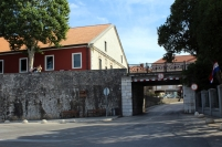 Brama łańcuchowa do małego Arsenału (Lančana vrata)