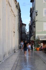 uliczka Zadaru obok kościoła Św.Marii